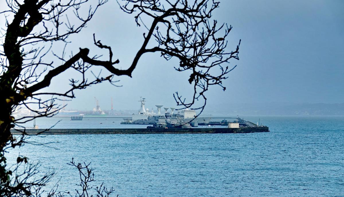[Les ports militaires de métropole] Port de BREST - TOME 3 - Page 16 Brest118