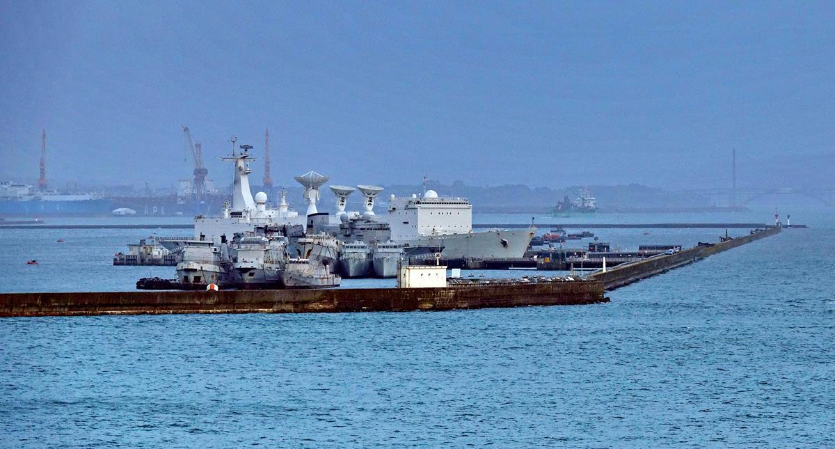 [Les ports militaires de métropole] Port de BREST - TOME 3 - Page 16 Brest124