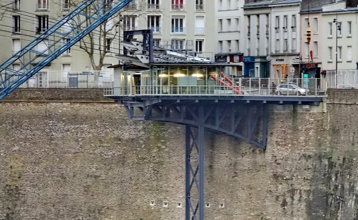 [Vie des ports] BREST Ports et rade - Volume 001 - Page 6 Brest233