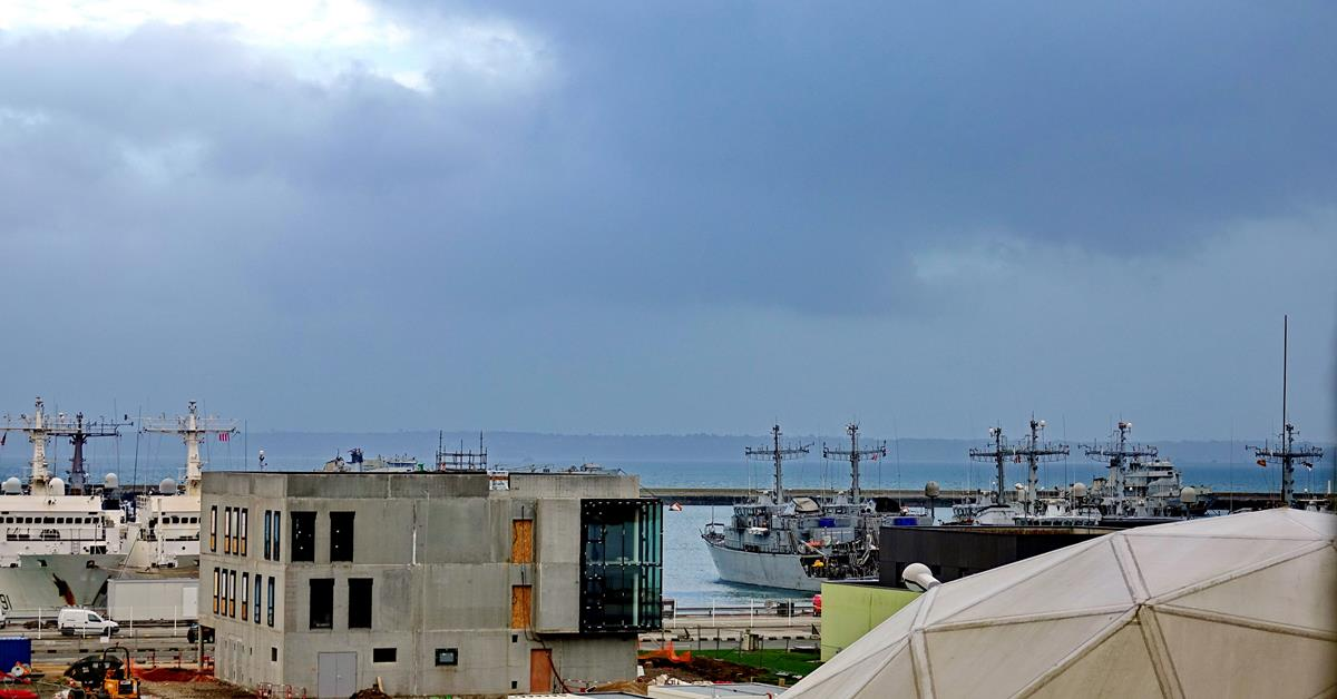 [Les ports militaires de métropole] Port de BREST - TOME 3 - Page 16 Brest_66