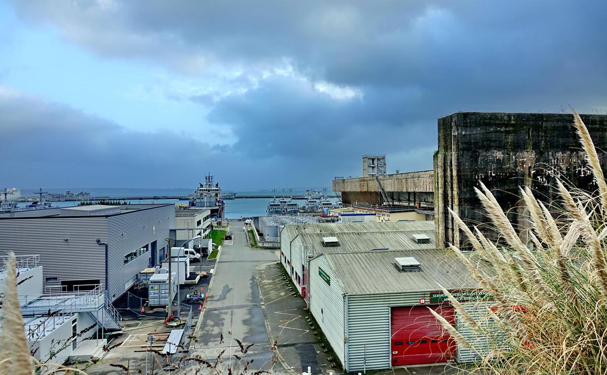 [Les ports militaires de métropole] Port de BREST - TOME 3 - Page 16 Brest_68