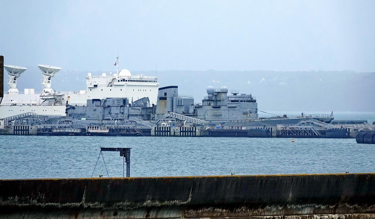 [Les ports militaires de métropole] Port de BREST - TOME 3 - Page 16 Brest_94
