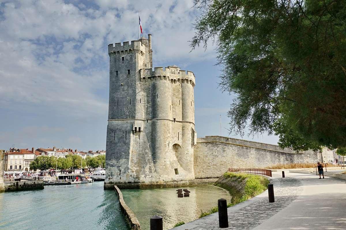 [Vie des Ports ] Port de La Rochelle  - Page 2 Dsc02754