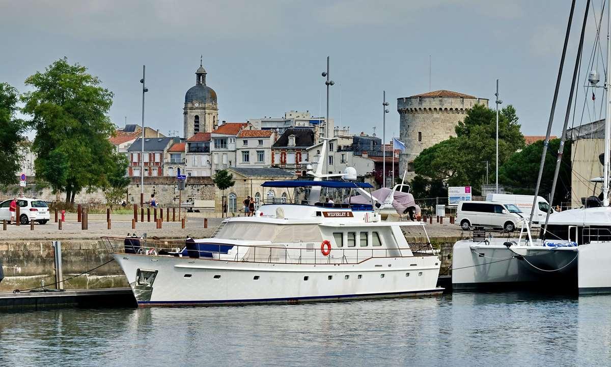 [Vie des Ports ] Port de La Rochelle  - Page 3 Dsc04392
