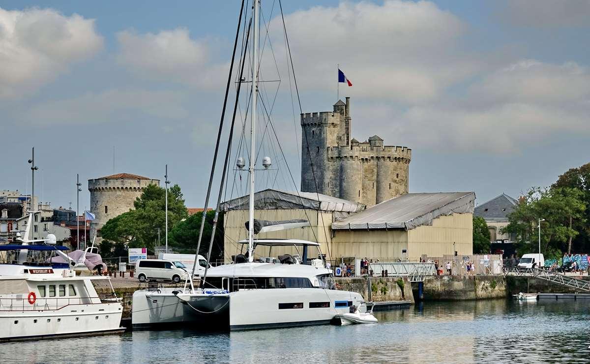 [Vie des Ports ] Port de La Rochelle  - Page 3 Dsc04393