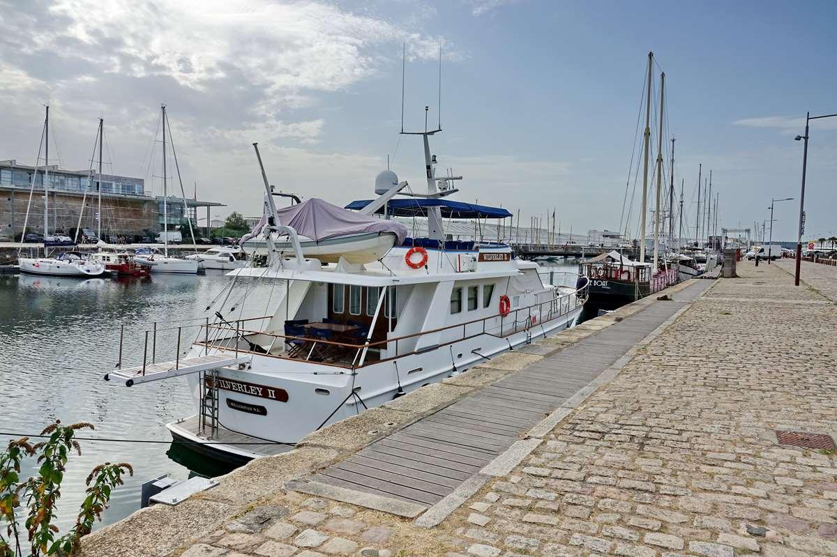 [Vie des Ports ] Port de La Rochelle  - Page 3 Dsc04400