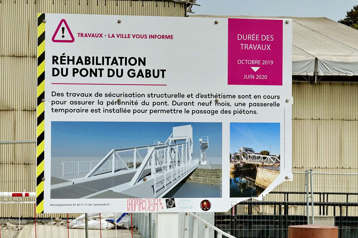 [Vie des Ports ] Port de La Rochelle  - Page 3 Dsc04402