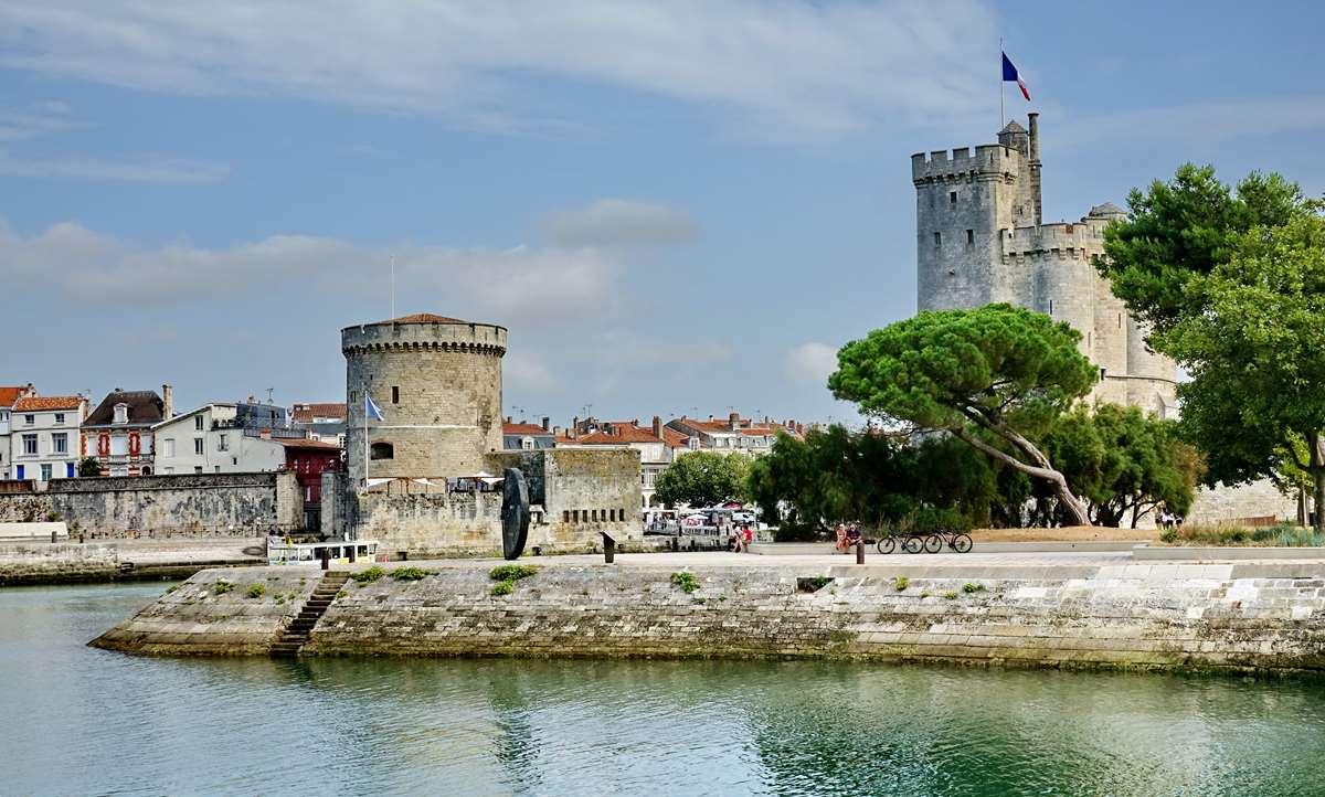 [Vie des Ports ] Port de La Rochelle  - Page 3 Dsc04405
