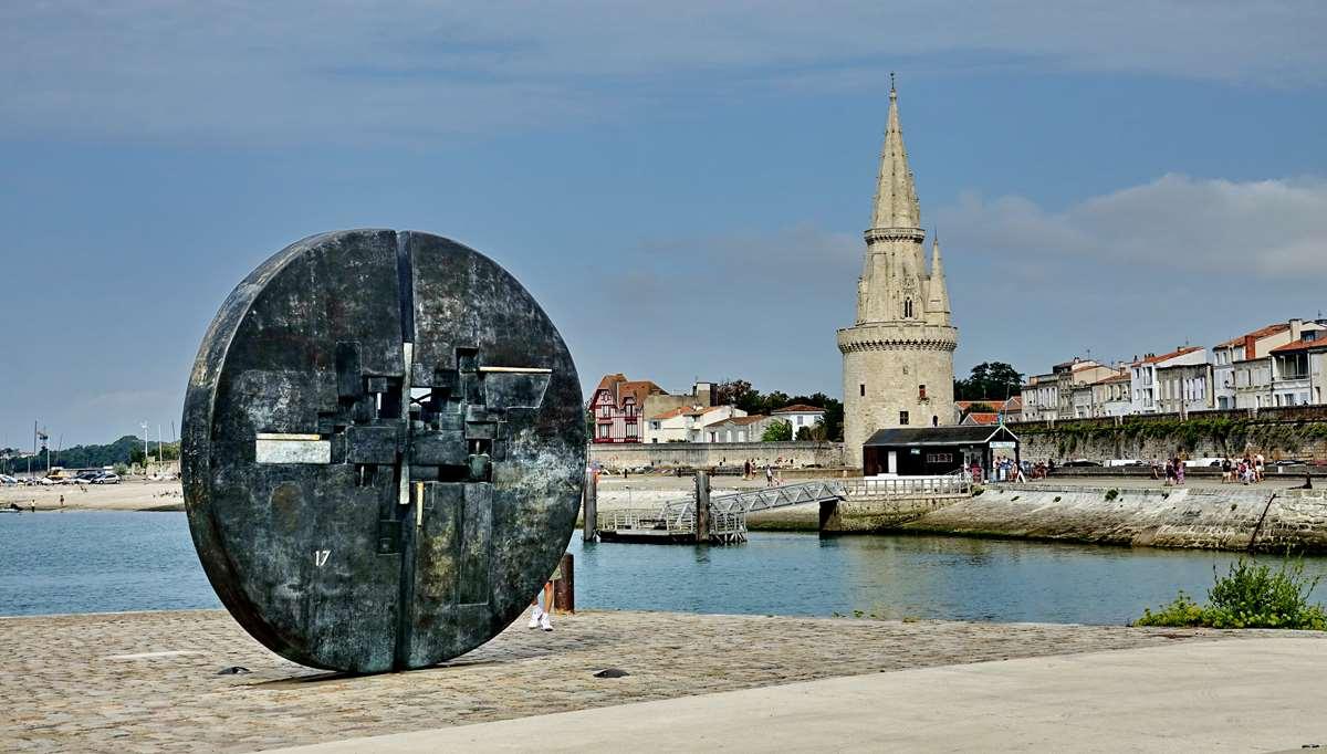 [Vie des Ports ] Port de La Rochelle  - Page 3 Dsc04500