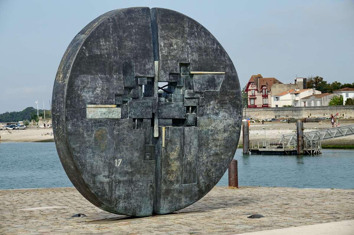 [Vie des Ports ] Port de La Rochelle  - Page 3 Dsc04502