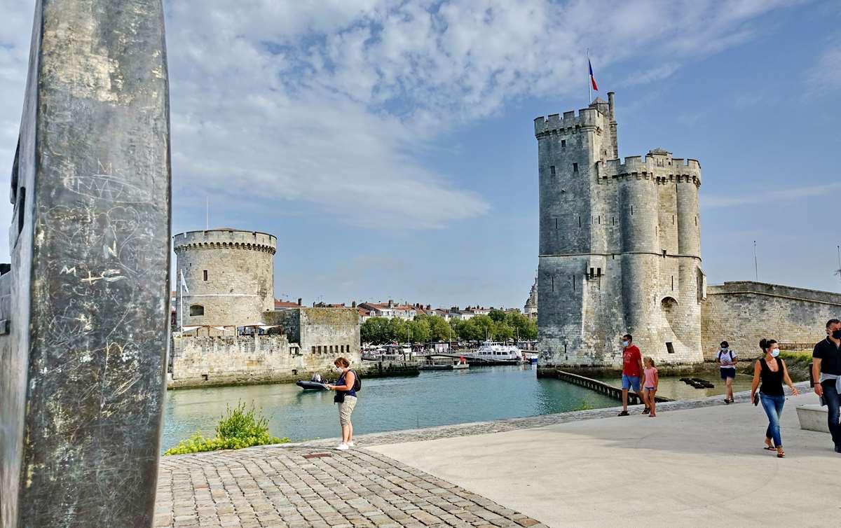 [Vie des Ports ] Port de La Rochelle  - Page 3 Dsc04504