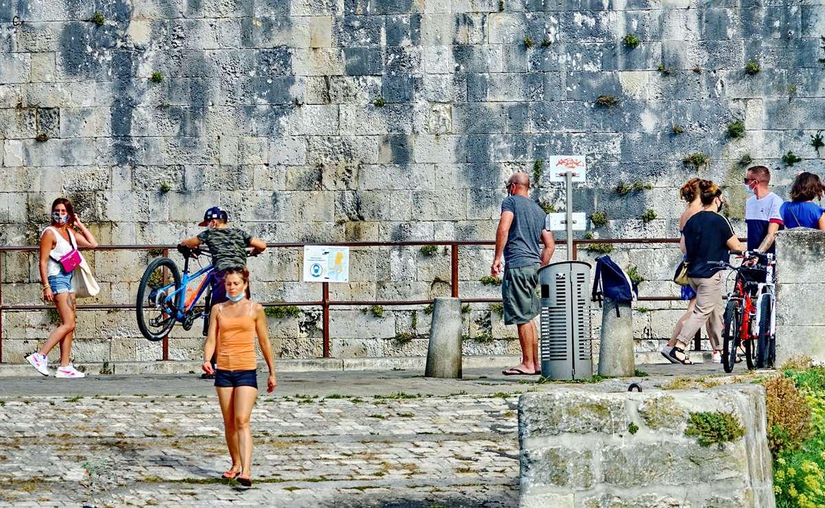 [Vie des Ports ] Port de La Rochelle  - Page 3 Dsc04506