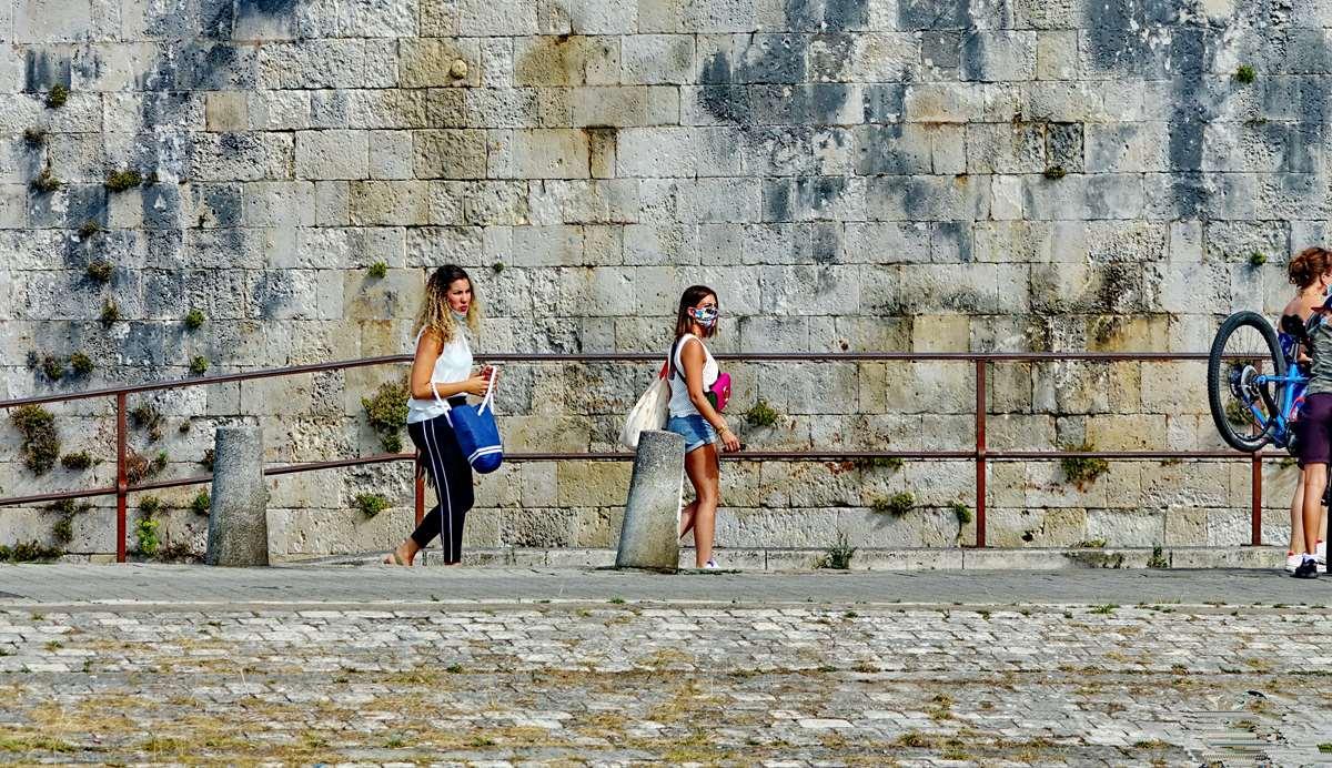 [Vie des Ports ] Port de La Rochelle  - Page 3 Dsc04508