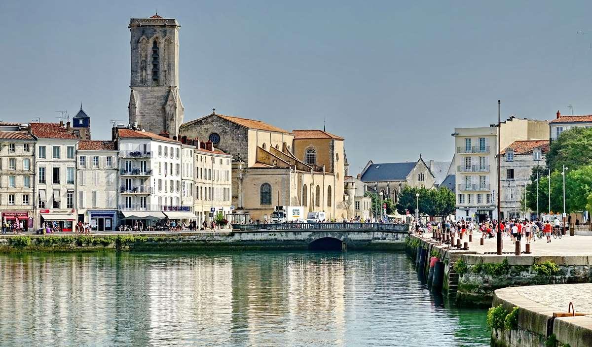 [Vie des Ports ] Port de La Rochelle  - Page 3 Dsc04605