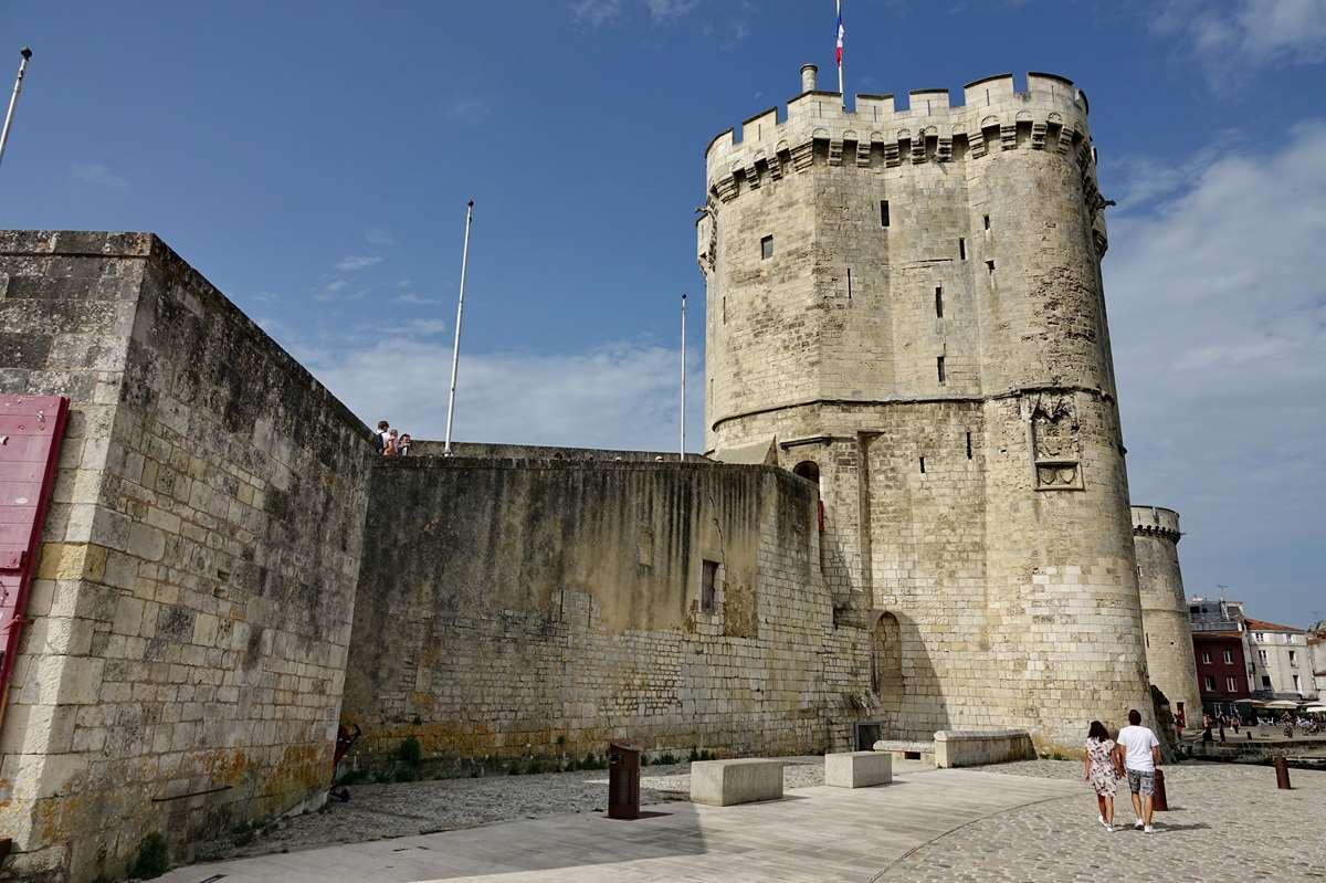 [Vie des Ports ] Port de La Rochelle  - Page 3 Dsc04607
