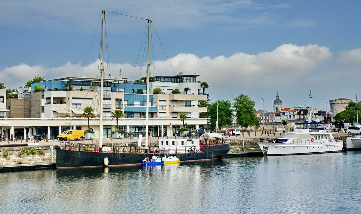 [Vie des Ports ] Port de La Rochelle  - Page 3 Dsc04676