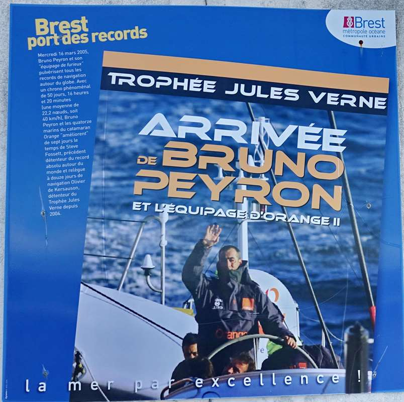 [Vie des ports] BREST Ports et rade - Volume 001 - Page 15 Dsc05243