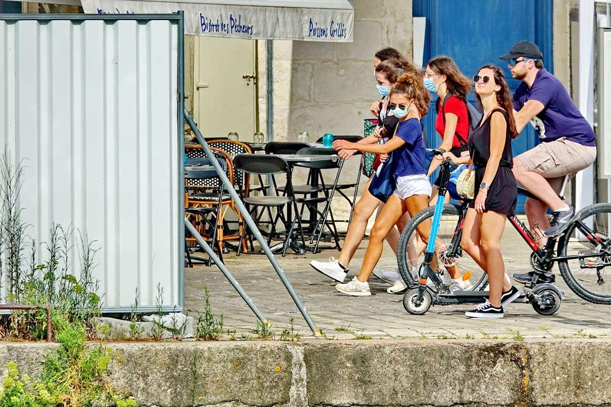 [Vie des Ports ] Port de La Rochelle  - Page 3 Dsc05842