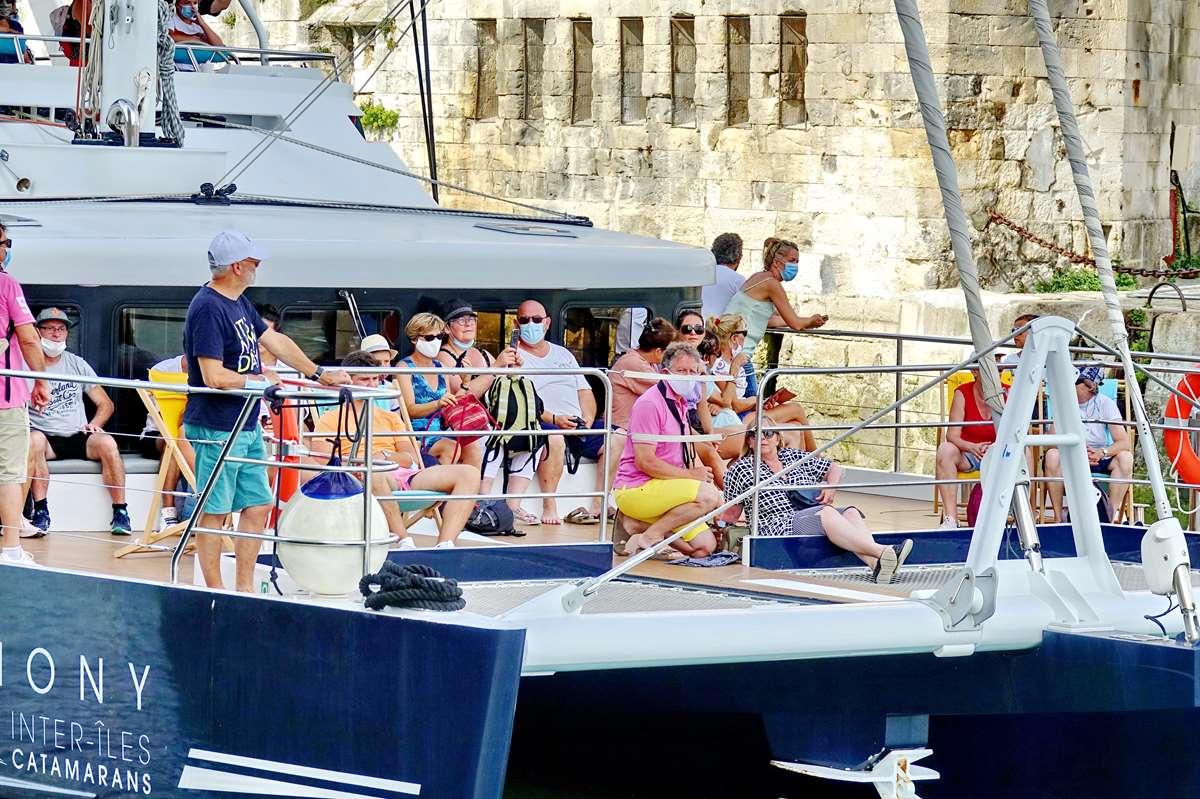 [Vie des Ports ] Port de La Rochelle  - Page 3 Dsc05845