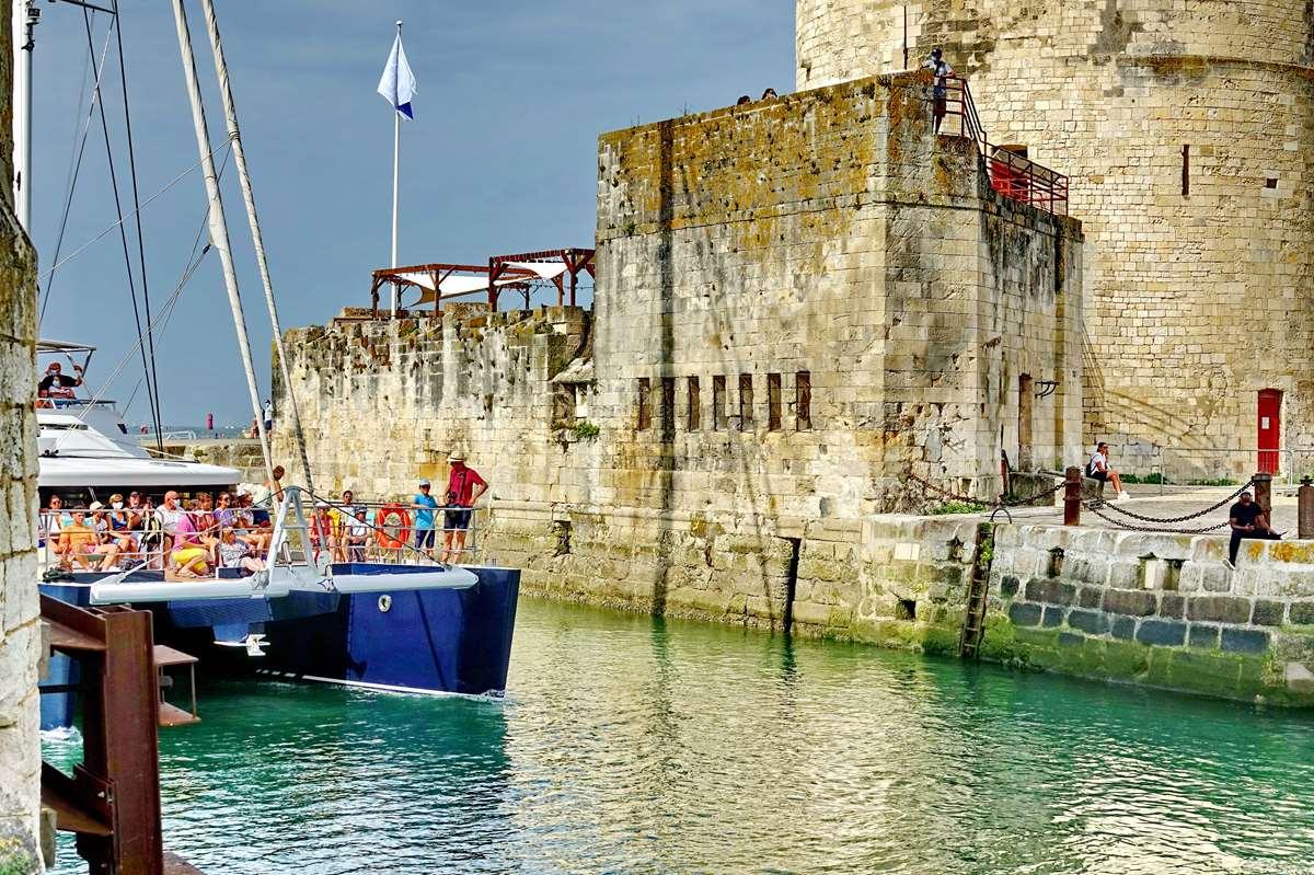 [Vie des Ports ] Port de La Rochelle  - Page 3 Dsc05846
