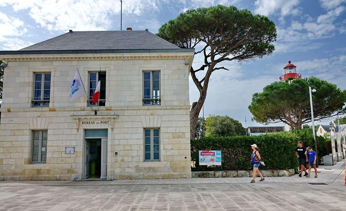 [Vie des Ports ] Port de La Rochelle  - Page 3 Dsc06004