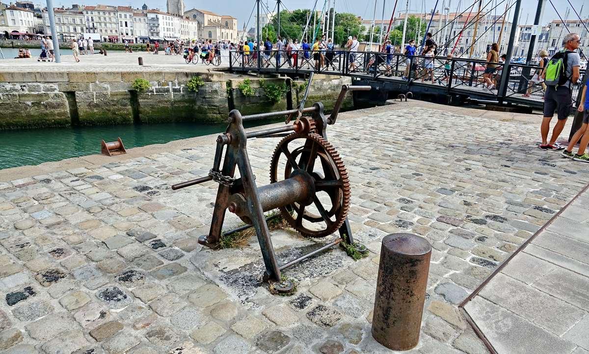 [Vie des Ports ] Port de La Rochelle  - Page 3 Dsc06006