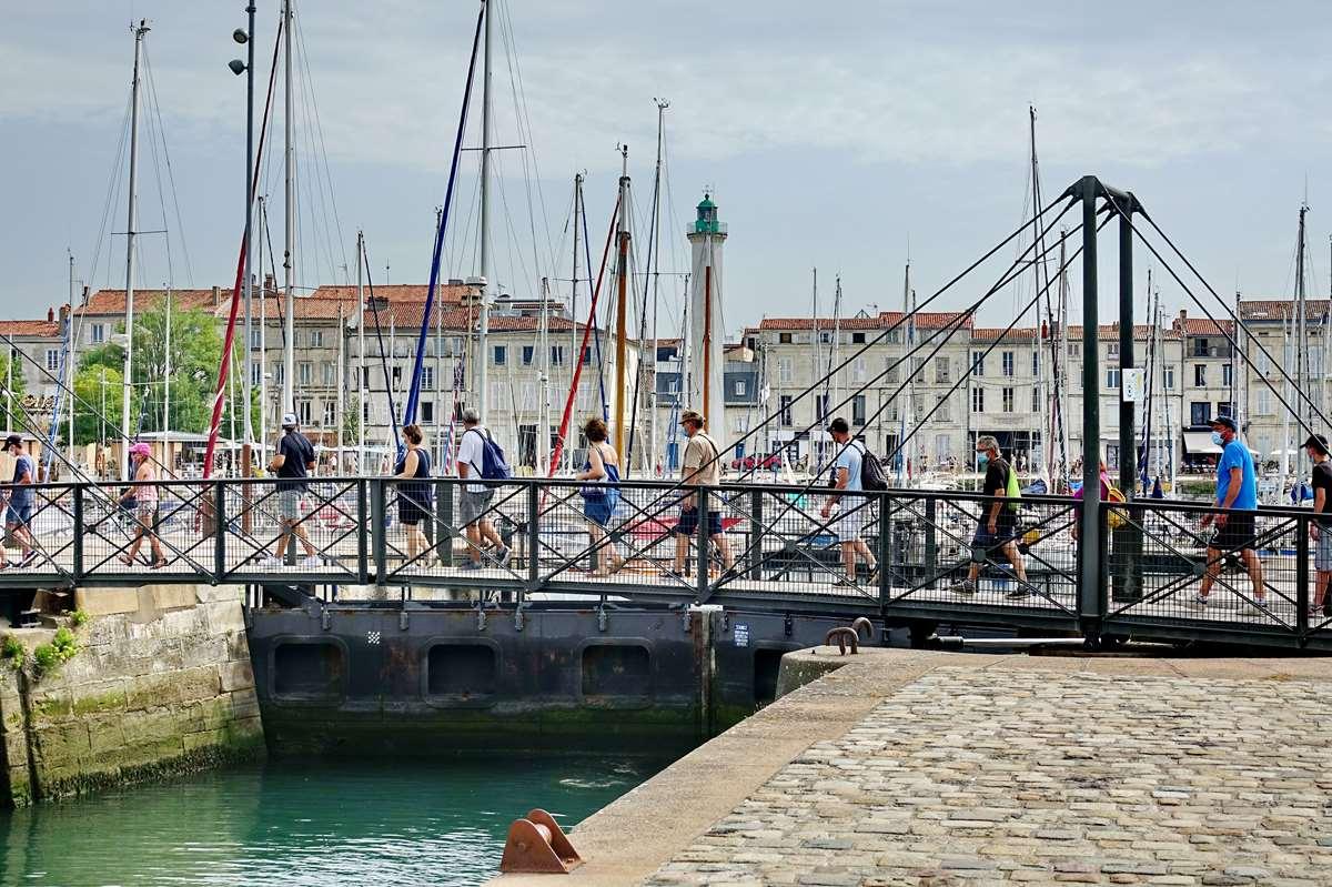 [Vie des Ports ] Port de La Rochelle  - Page 3 Dsc06007