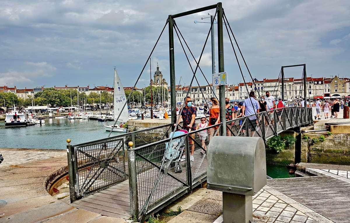 [Vie des Ports ] Port de La Rochelle  - Page 3 Dsc06019