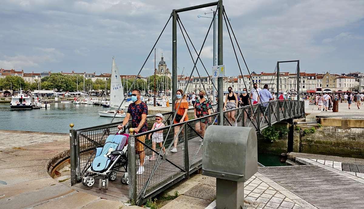 [Vie des Ports ] Port de La Rochelle  - Page 3 Dsc06021
