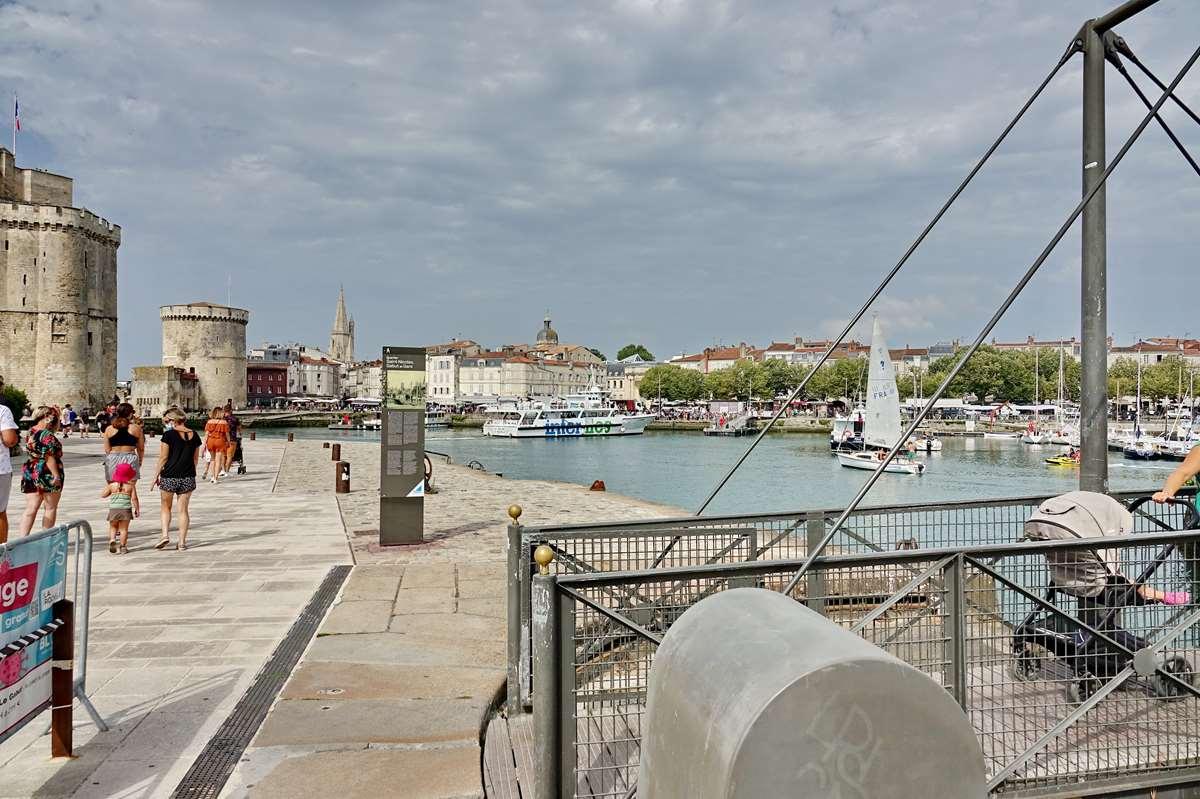[Vie des Ports ] Port de La Rochelle  - Page 3 Dsc06022