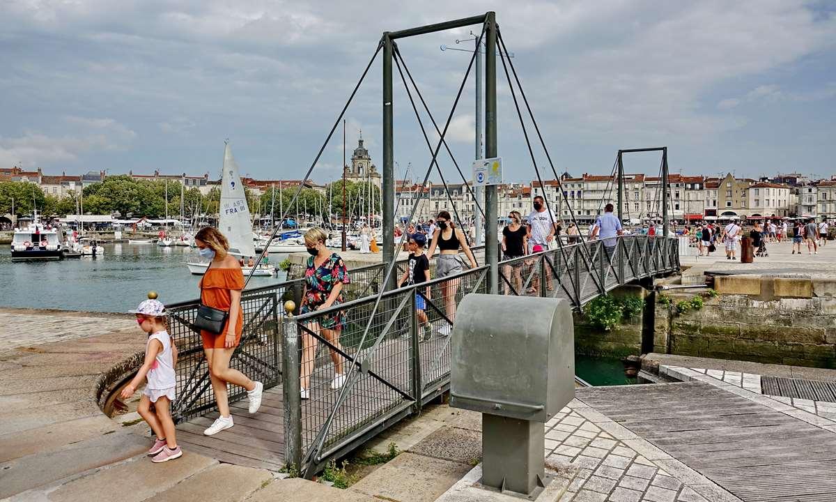 [Vie des Ports ] Port de La Rochelle  - Page 3 Dsc06023