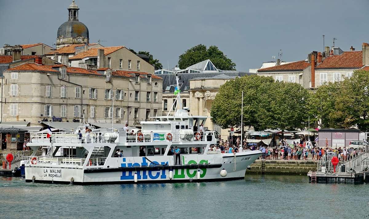 [Vie des Ports ] Port de La Rochelle  - Page 3 Dsc06024