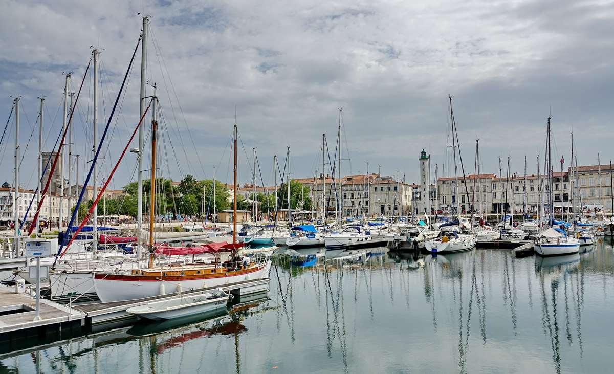 [Vie des Ports ] Port de La Rochelle  - Page 3 Dsc06026