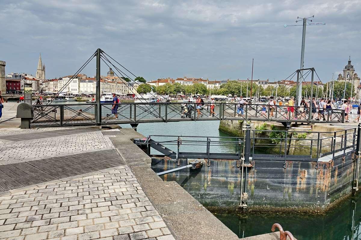 [Vie des Ports ] Port de La Rochelle  - Page 3 Dsc06029