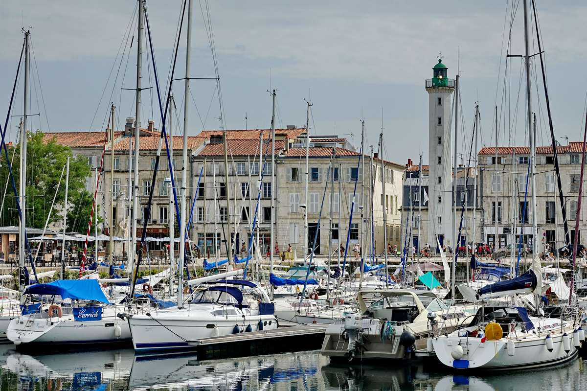 [Vie des Ports ] Port de La Rochelle  - Page 3 Dsc06030