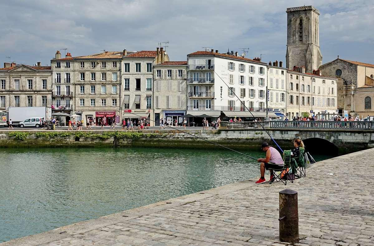 [Vie des Ports ] Port de La Rochelle  - Page 4 Dsc06247
