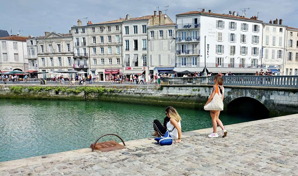[Vie des Ports ] Port de La Rochelle  - Page 4 Dsc06248