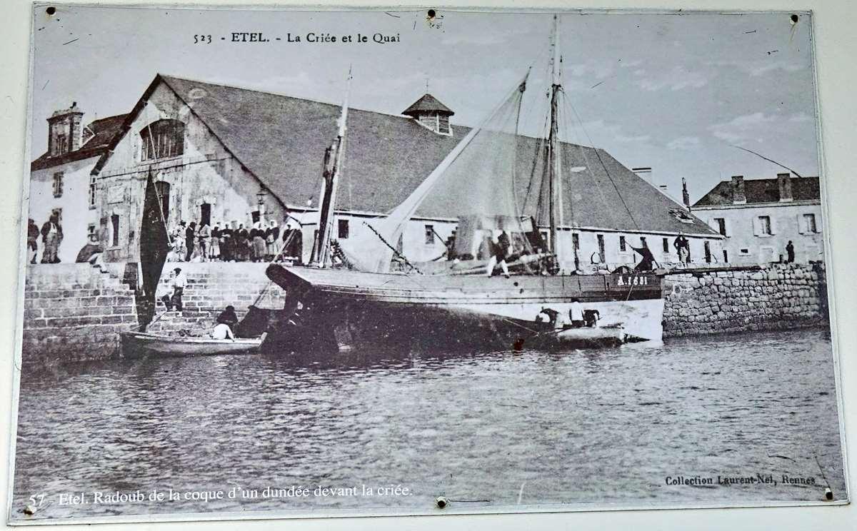 [Vie des ports] Etel d'aujourd'hui et son histoire de la pêche au thon - Page 2 Dsc06339