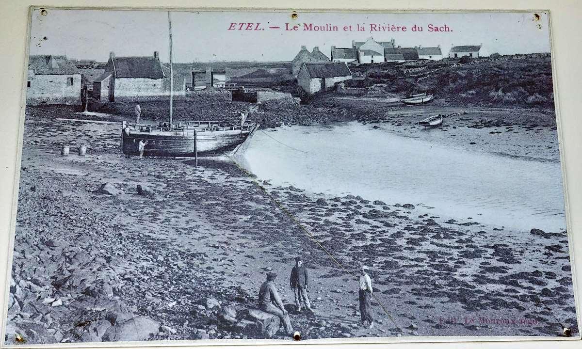 [Vie des ports] Etel d'aujourd'hui et son histoire de la pêche au thon - Page 2 Dsc06341