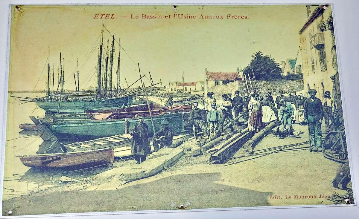 [Vie des ports] Etel d'aujourd'hui et son histoire de la pêche au thon - Page 2 Dsc06342