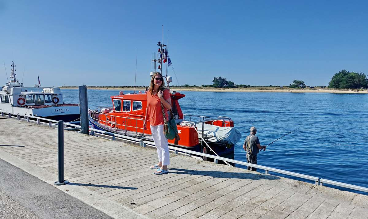 [Vie des ports] Etel d'aujourd'hui et son histoire de la pêche au thon - Page 2 Dsc06345