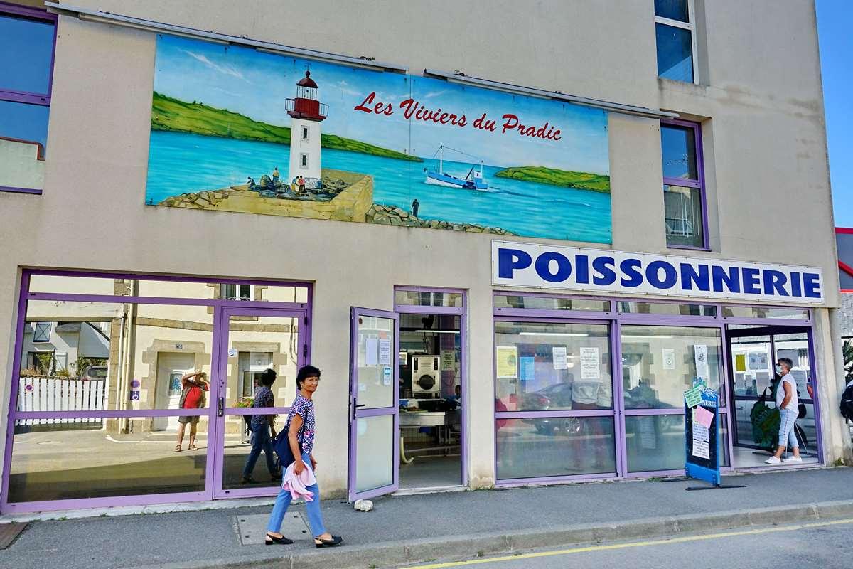 [Vie des ports] Etel d'aujourd'hui et son histoire de la pêche au thon - Page 2 Dsc06501