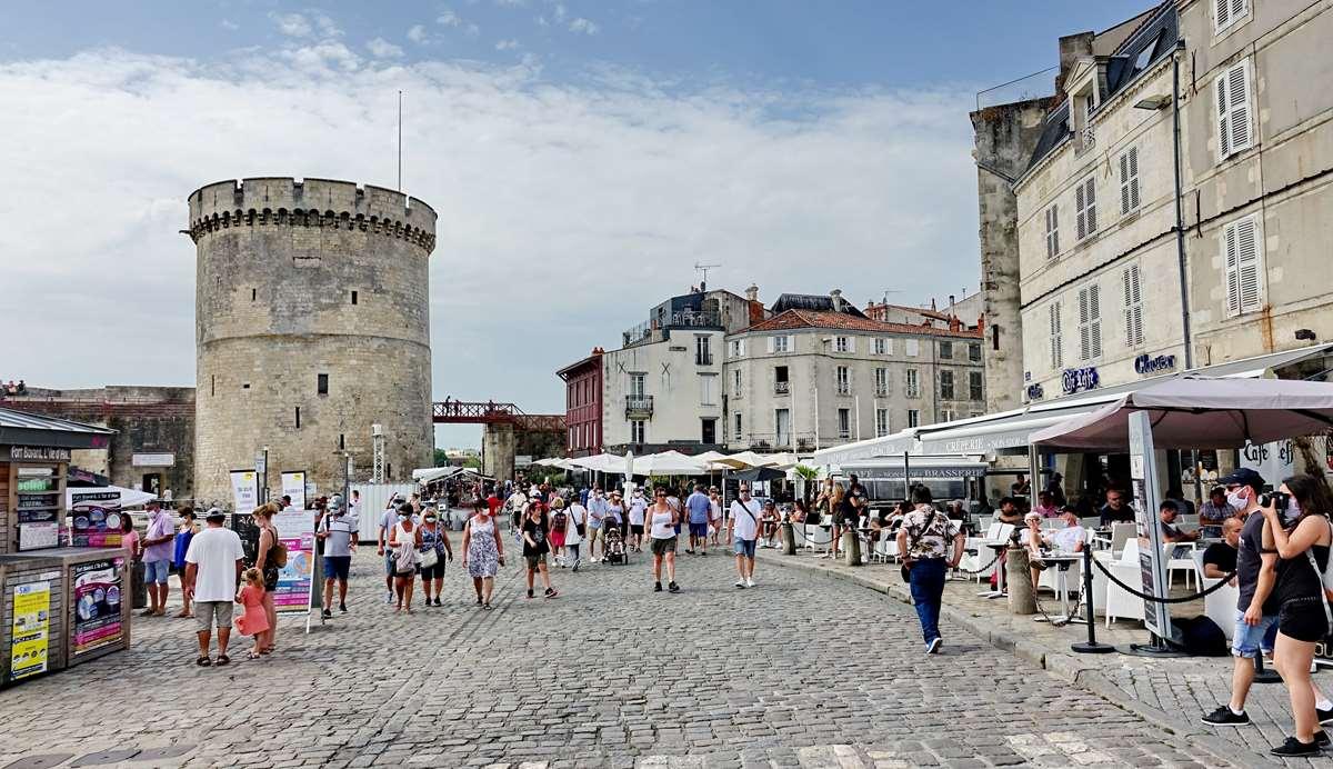 [Vie des Ports ] Port de La Rochelle  - Page 4 Dsc06597