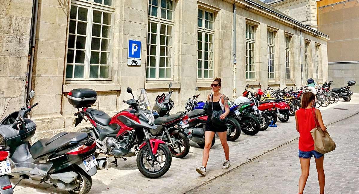 [Vie des Ports ] Port de La Rochelle  - Page 4 Dsc06637