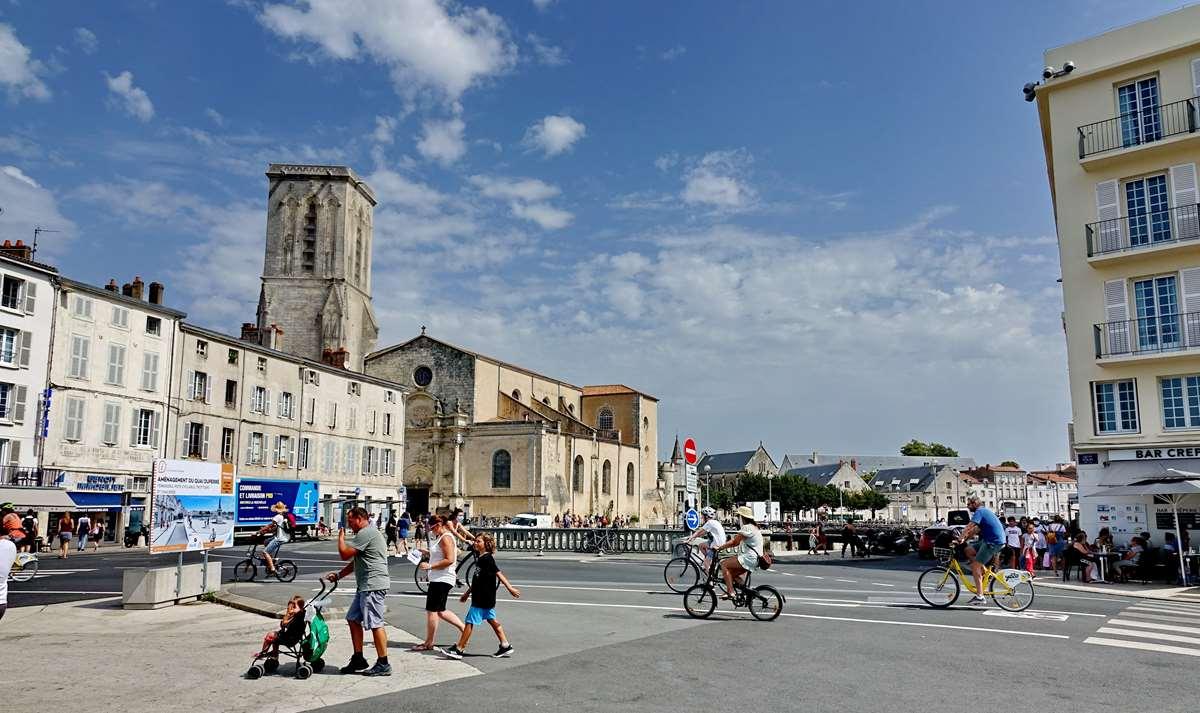 [Vie des Ports ] Port de La Rochelle  - Page 4 Dsc06640