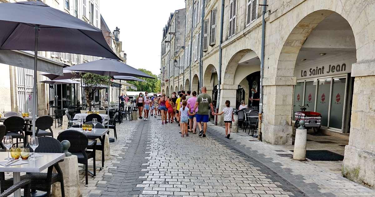 [Vie des Ports ] Port de La Rochelle  - Page 5 Dsc06736