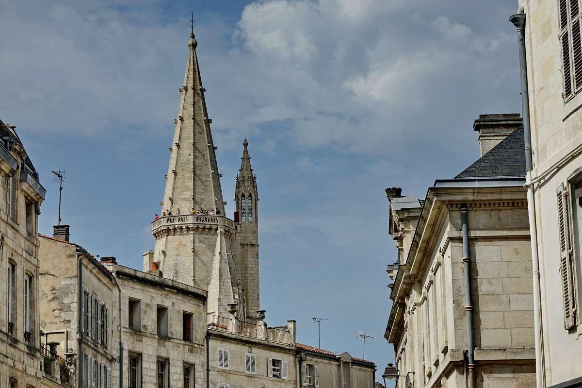[Vie des Ports ] Port de La Rochelle  - Page 5 Dsc06739