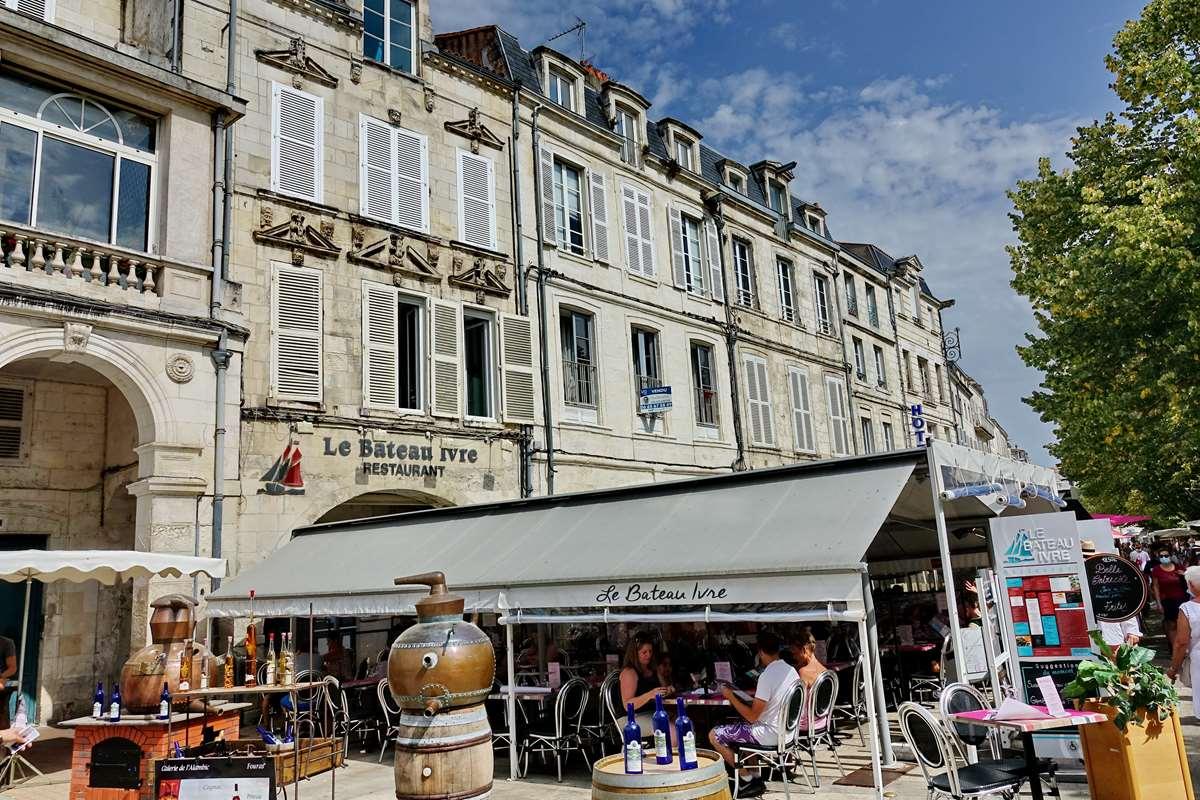 [Vie des Ports ] Port de La Rochelle  - Page 5 Dsc06740
