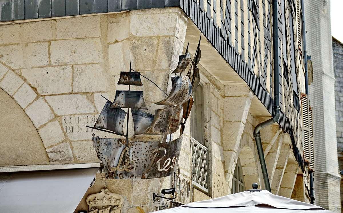 [Vie des Ports ] Port de La Rochelle  - Page 5 Dsc06757