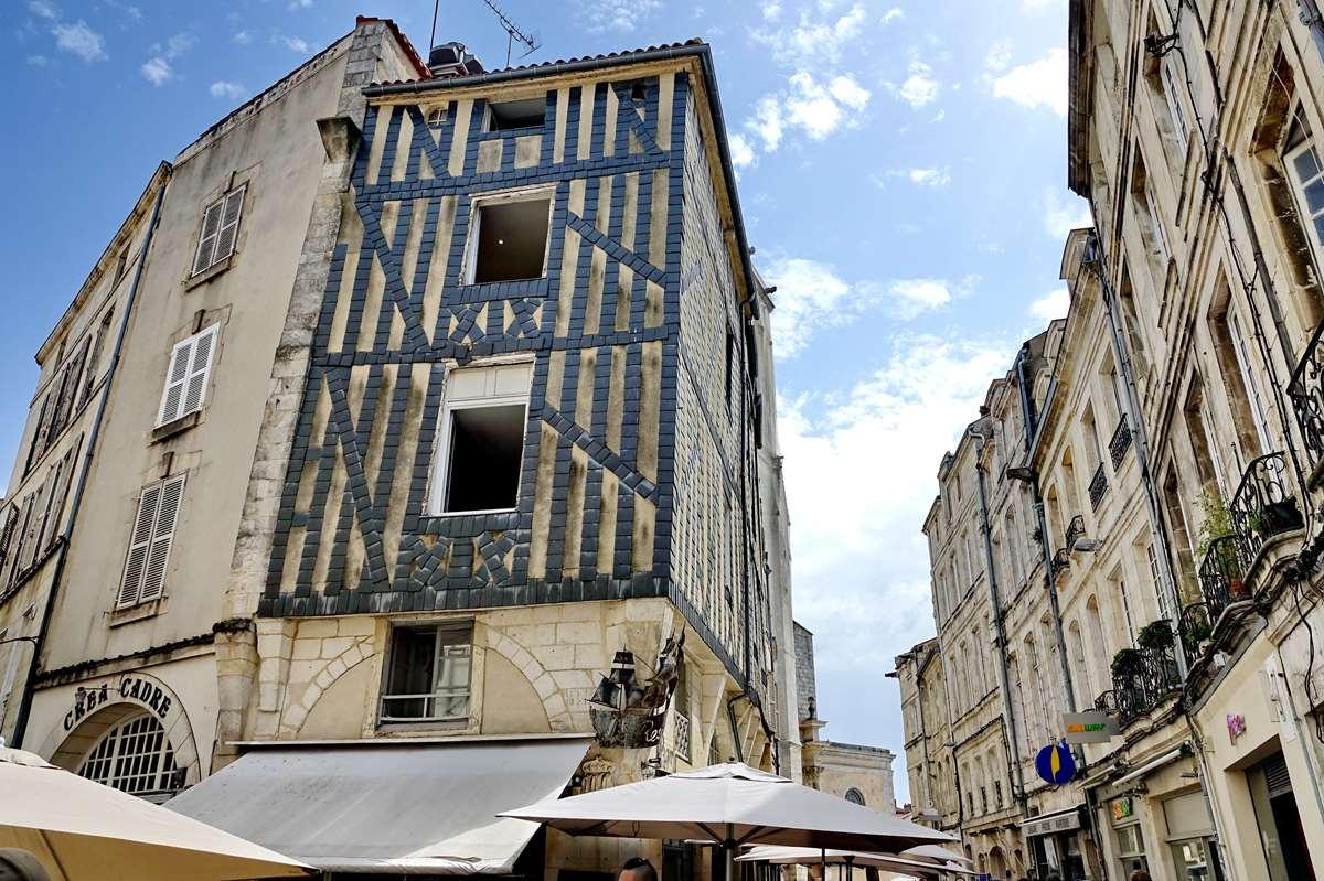 [Vie des Ports ] Port de La Rochelle  - Page 5 Dsc06758